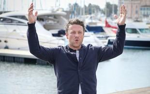 Goli kuhar Jamie Oliver izpraznil bančni račun