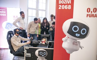 Virtualni robotek Geri bo mlade nagovarjal k trezni udeležbi v prometu