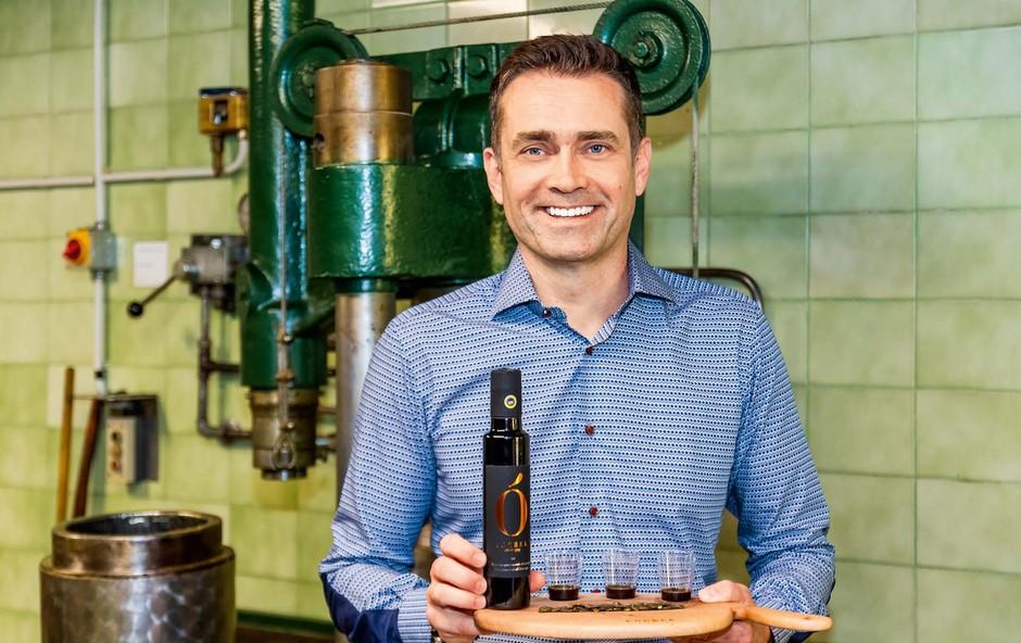 Najprestižnejša restavracija v Dubaju ponuja slovensko olje (foto: Aleš Kocbek, Marijan Močivnik, Goran Antley)