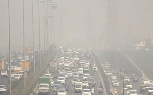 Umetna pljuča zaradi strupenega smoga v New Delhiju v nekaj dneh počrnela