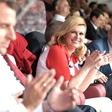 Ruska pevka posnela pesem v čast hrvaški predsednici