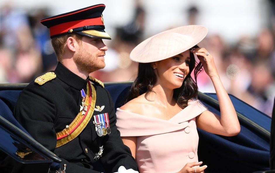 Princ Harry in Meghan Markle se nenadoma selita iz njune počitniške hiše (foto: Profimedia)