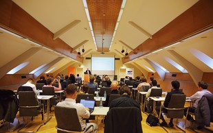 5. konferenca E-mobilnost 2018 s posluhom za lastnike električnih vozil!