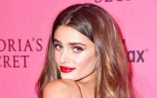 Vrhunska manekenka Taylor Hill brez ličil: Pogumno pokazala male nepravilnosti na koži