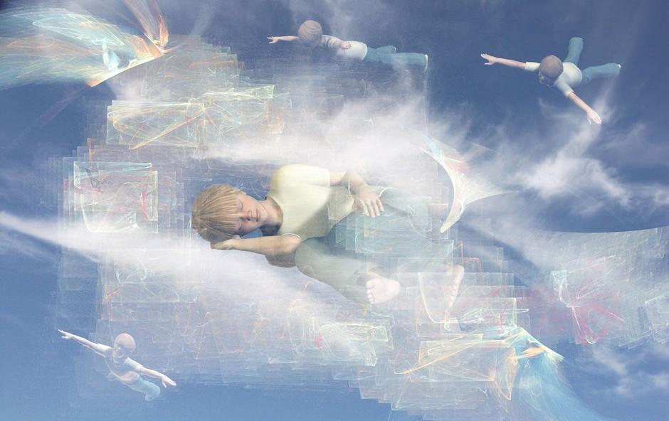 Razlaga sanj: Letenje je znamenje velikih upov in nadzora nad lastnim življenjem! (foto: profimedia)