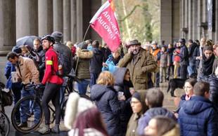 Več deset tisoč ljudi na bruseljskih ulicah za resne ukrepe proti podnebnim spremembam