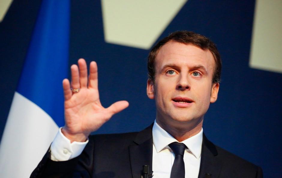 Macron: Protestniki so prestopili mejo, nobenega opravičila ni za ropanje trgovin in napade na policiste (foto: profimedia)