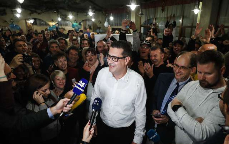V Kopru s 7 glasovi razlike vendarle zmagal Bržan! (foto: Stanko Gruden/STA)