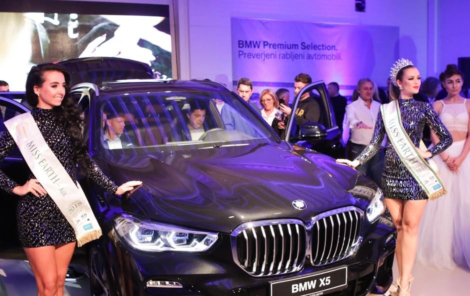 BMW na gala prireditvi z dobrodelno noto (foto: Avto Aktiv)