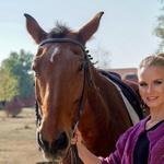 Učiteljice znajo tudi s konji (foto: Bojan Dragojević)