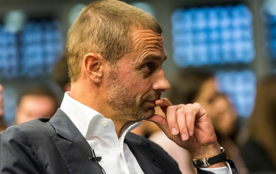"""Aleksander Čeferin na vprašanje o twerkanju na zlati žogi: """"Ta voditelj je bedak!"""" (foto: profimedia)"""