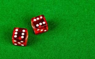 ZDA: Nuni katoliško šolo olajšali za zelence, ki sta jih zapravili za kockanje v Las Vegasu!