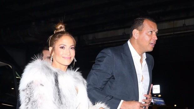 Jennifer Lopez na pragu 50 let pokazala fantastične noge (foto: Profimedia)