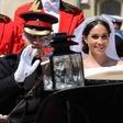 Meghan Markle in princ Harry javnosti pokazala še nikoli videno poročno fotografijo
