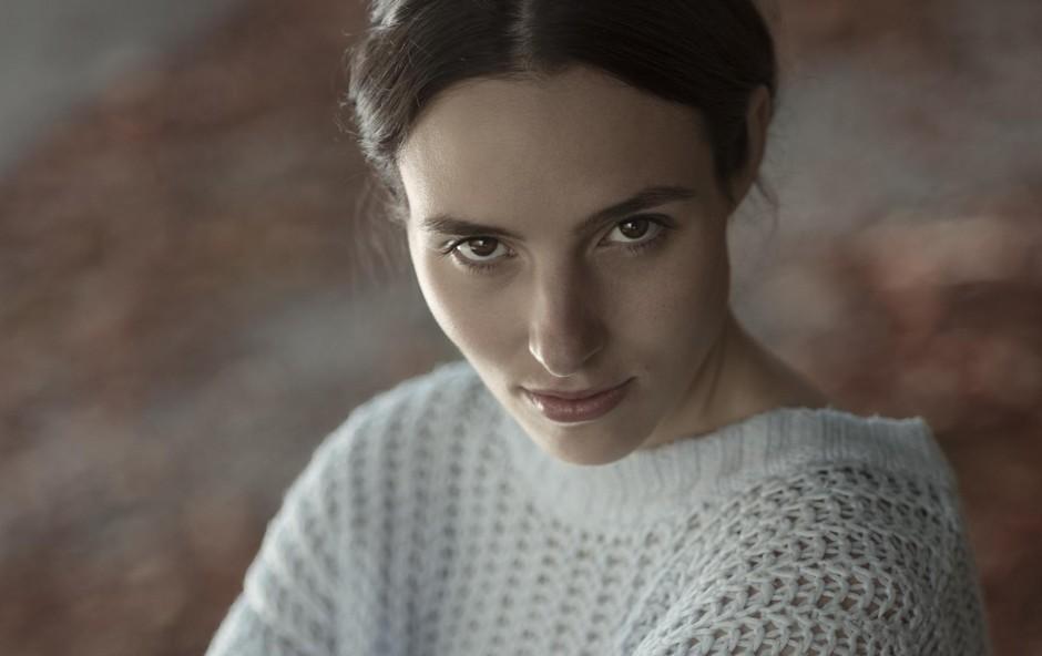 "Vesna Kuzmić: ""Težko skrivam svoja čustva"" (foto: TADEJ ČAUŠEVIČ)"