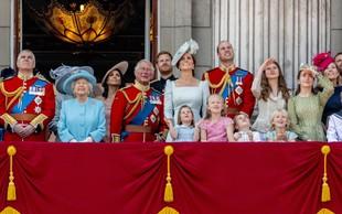 Božič v kraljevi družini: Darila se ne odpirajo brez princa Charlesa!