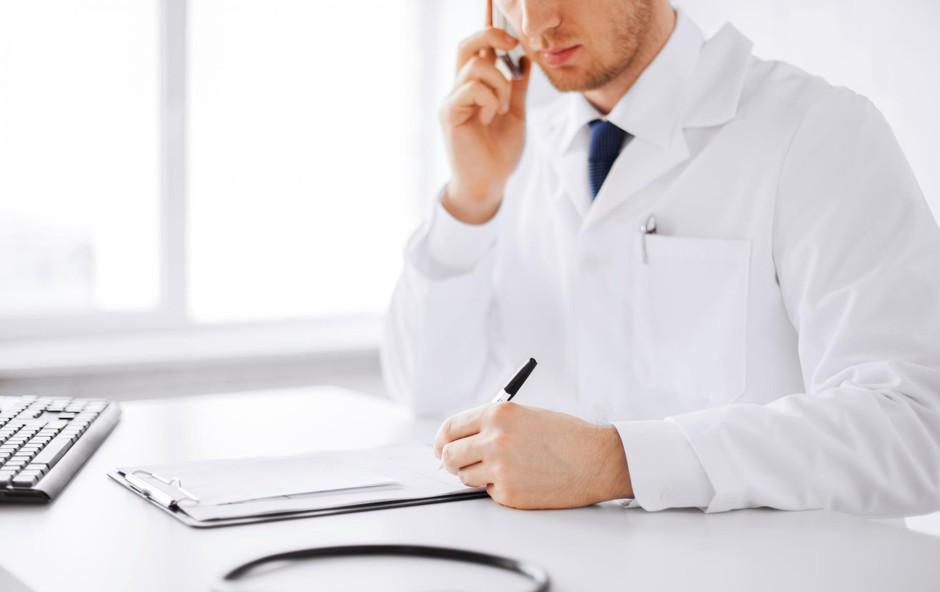 Zdravnikov nasvet namesto Googla (foto: SHUTTERSTOCK)