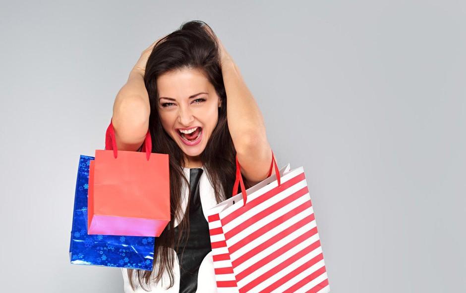 """""""Odvisna od nakupovanja. Pomagajte mi, prosim!"""" Magdalena odgovarja! (foto: Profimedia)"""