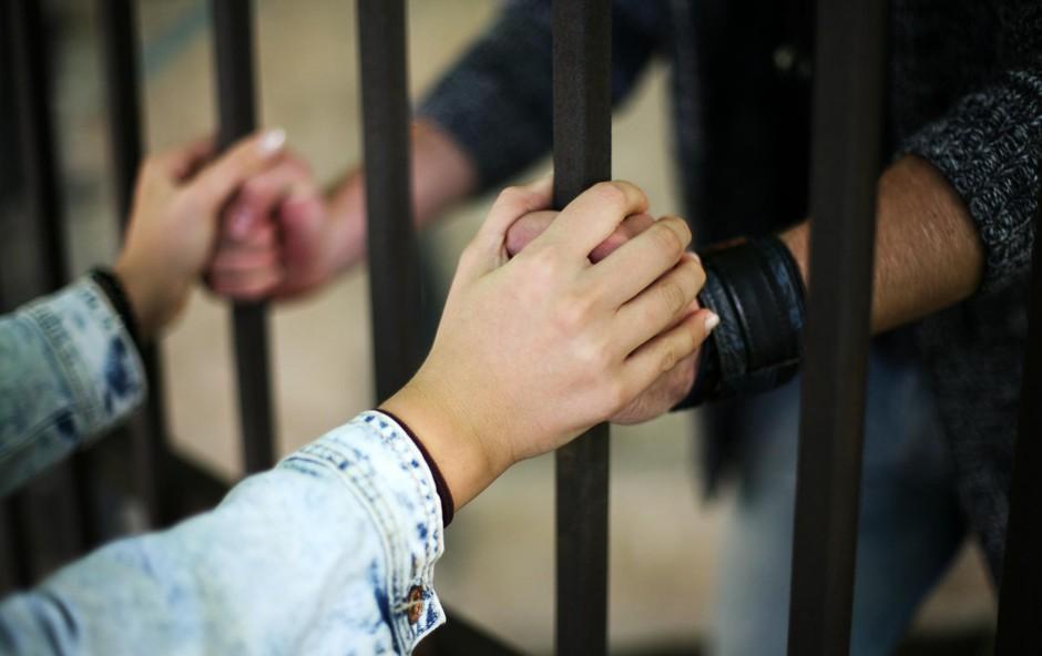 Nenavadna poroka: Ljubezen premaga tudi zaporniške rešetke (foto: SHUTTERSTOCK)
