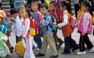 Kitajsko prebivalstvo se je lani prvič v najmanj 70 letih skrčilo