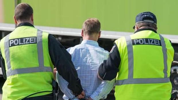 V Nemčiji prijeli 20-letnika, ki je osumljen za hekerski napad (foto: STA)