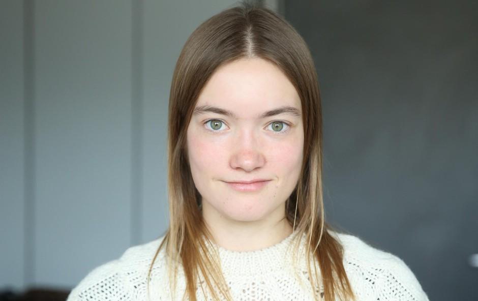 Nives Skube (študentska kolumna) o človeški pijavki (foto: HELENA KERMELJ)