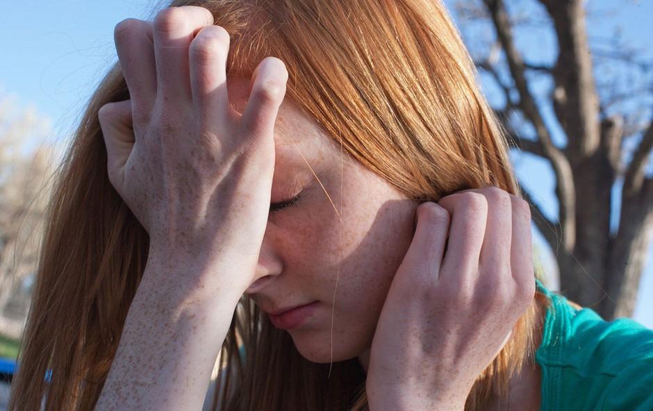 Večina predstavnikov generacije Z se v vsakdanjem življenju spopada z anksioznostjo (foto: profimedia)