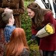Vojvodinja Kate v vlogi prostovoljke je z otroki pekla pico