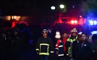 Vzrok za eksplozijo na naftovodu v Mehiki še ni znan, šušlja pa se, da je do nesreče prišlo pri kraji nafte
