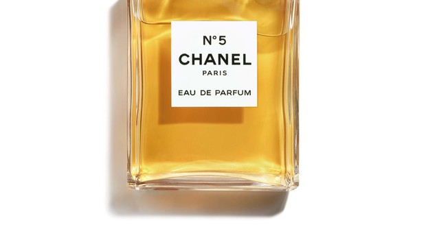 Chanel 5 na seznamu Unesca: Kultni parfum, ki diši po ženski (foto: PR)