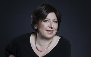 Janja Rebolj (trenerka, moderatorka, voditeljica delavnic) o umetnosti reševanja konfliktov