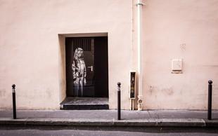 Tatovi ukradli Banksyjev grafit žalujoče ženske z dvorane Bataclan