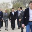 Brigitte Macron na udaru kritikov zaradi izbire športnih čevljev