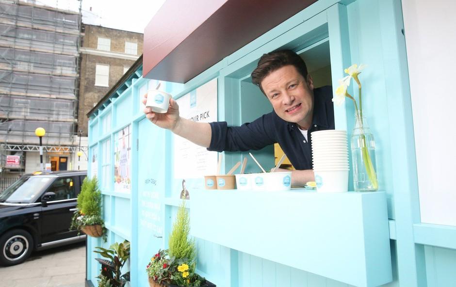 Velikopotezni Jamie Oliver (foto: profimedia)