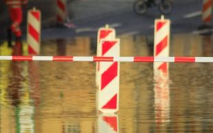 Padavine povzročale težave po Sloveniji in po Evropi