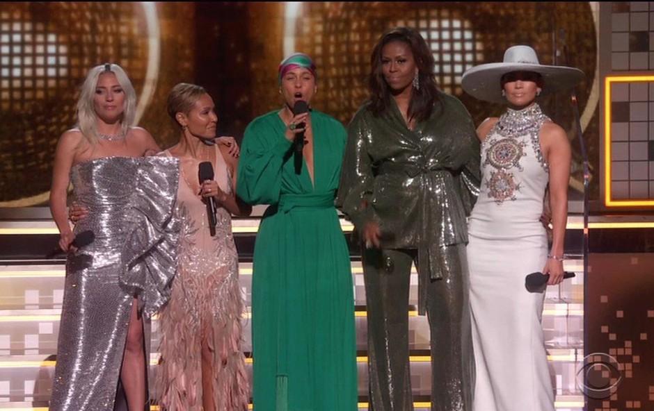 Michelle Obama pritegnila pozornost na podelitvi grammyjev (foto: Profimedia)
