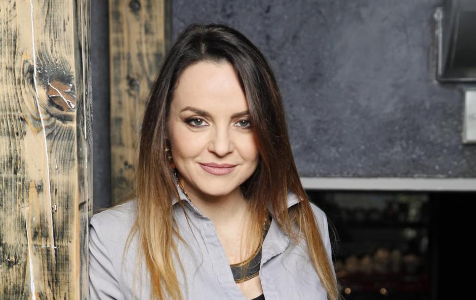 """Oriana Girotto (TV-voditeljica): """"Če smo slabe volje, postanemo nevidni"""" (foto: ALEKSANDRA SAšA PRELESNIK)"""