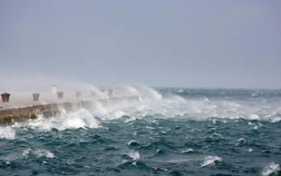 Požarna ogroženost, okrepljen severovzhodni veter in močna burja