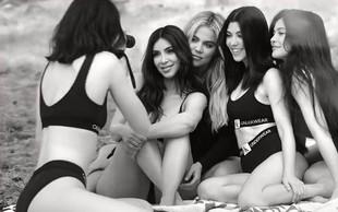 Kardashianke v izzivalnih oblačilih povzročile vrenje na družbenih omrežjih!