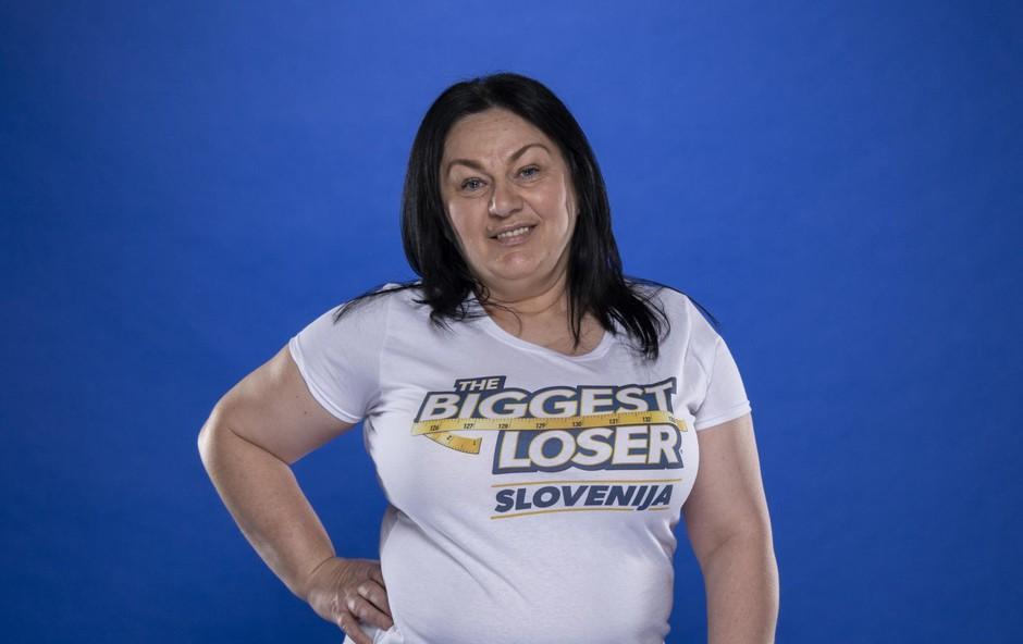 Vesna je tekmovalka, ki si ne želi le izgubiti kilogramov, ampak tudi spoznati budno oko kamere. V resničnostnih šovih sta se namreč preizkusili tudi njeni hčerki Bernarda in Špela, a sama meni, da se v primerjavi z njima ne bi tako hitro predala. Vesna je najstarejša tekmovalka tretje sezone šova The Biggest Loser Slovenija. (foto: BLAZ VATOVEC)