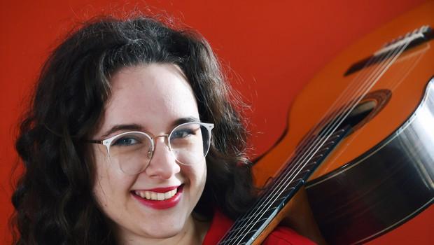 Finalistka Mladi upi 2018: Kitaristka Ana Gorjanc (foto: Mateja Jordovič Potočnik)