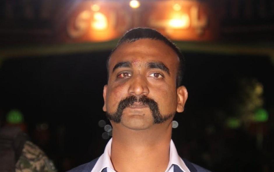 Zajeti indijski pilot po vrnitvi v domovino postal modna ikona (foto: profimedia)