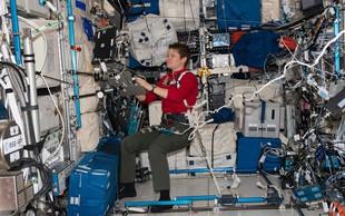 Prvič v zgodovini Nase na vesoljskem sprehodu samo astronavtki