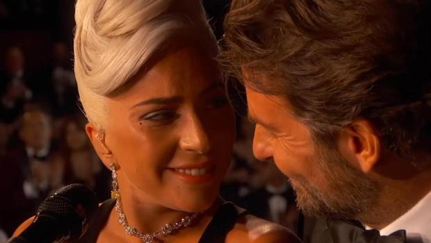 Pravijo, najdi nekoga, ki te gleda, kakor Bradley gleda Lady Gago. (foto: PROFIMEDIA PROFIMEDIA, PLANET)