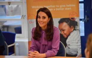 Ste opazili, da je Kate Middleton narobe oblekla bluzo?
