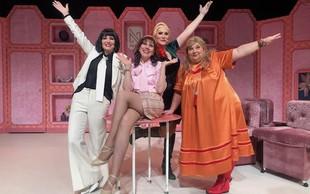 Hit glasbena komedija Menopavza doživlja spremembo