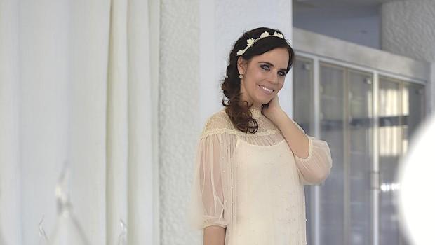 Modna poznavalka Lorella Flego je v hotelih LifeClass Portorož posnela serijo promocijskih fotografij s pridihom pomladi. (foto: Zen)