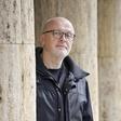 """Miha Mazzini (avtor in režiser Izbrisane): Tudi """"oni drugi"""" so samo ljudje"""