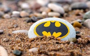 Valencia in DC Comics vnovič v sporu zaradi logotipa Batmana