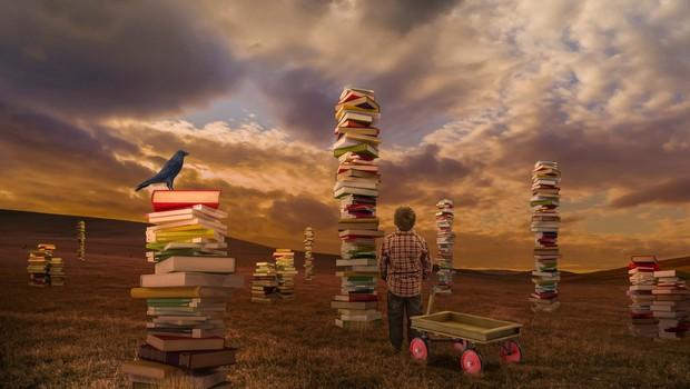 Pri Mladinski knjigi dela za otroke domačih avtorjev in velika slikanica Drevesa (foto: profimedia)